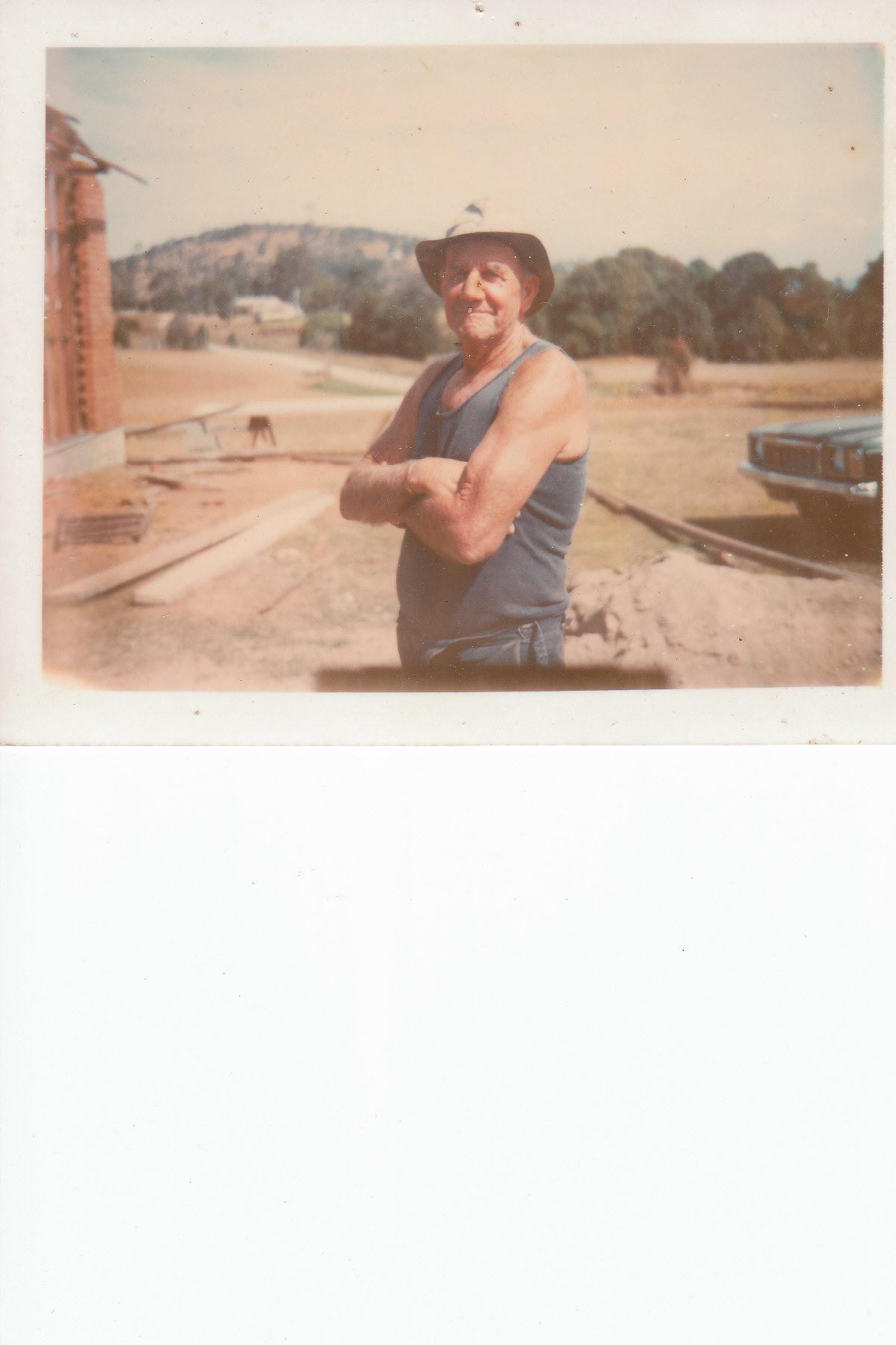 Jim Davison Life Member Born 1909 Died 1980